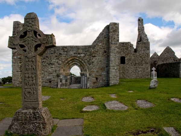 Private Tour of Clonmacnoise Christian Monastic Site