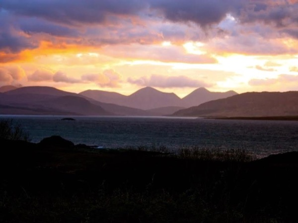 Unforgettable Skye (.... and more). One day Private Tour