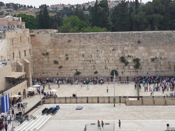 Jerusalem walking tour in the Four Quarters