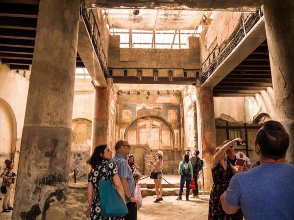Pompeii and Herculaneum private walking tour