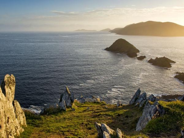 Full Day Private Car Tour - Dingle and Slea Head
