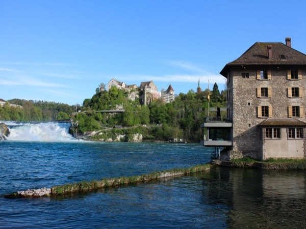 Private Trip from Bern to the Rhine Falls