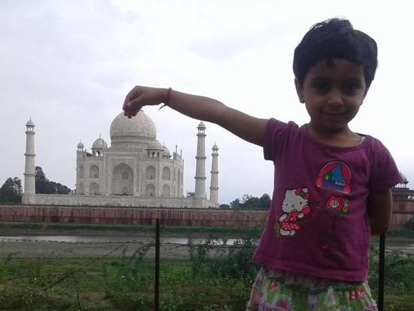 Private tour guide Neha