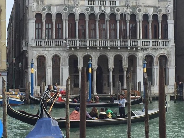 Venice Highlights - Full Day Roundtrip from Rome to Venice by Train!