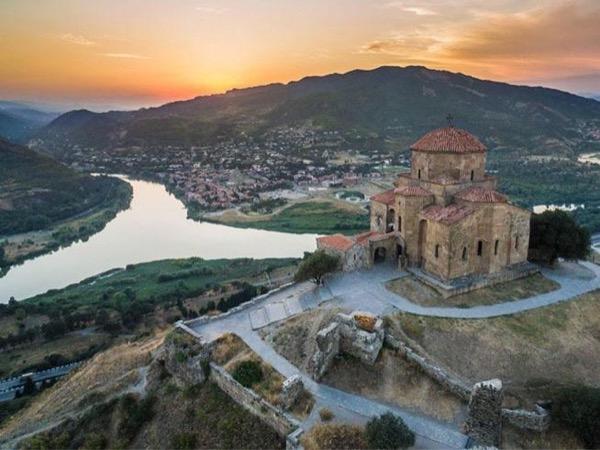 Mtskheta - Jvari monastery - Gori - Uplistsikhe