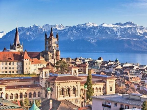 Lausanne Sightseeing Tour