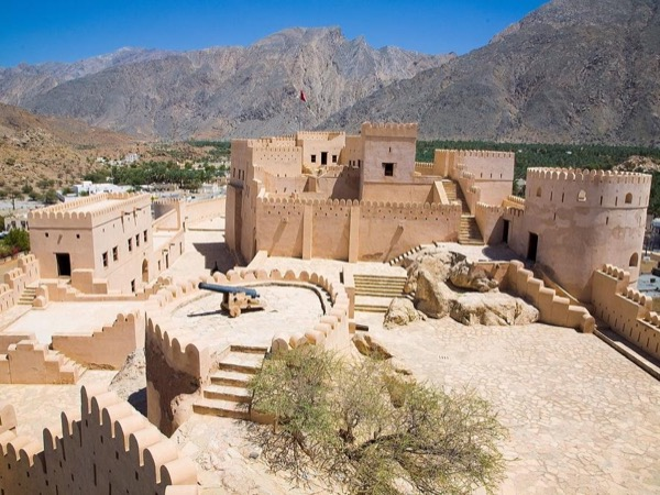 An Afternoon Through the Historic Village of Nakhal and Modern Capital of Oman