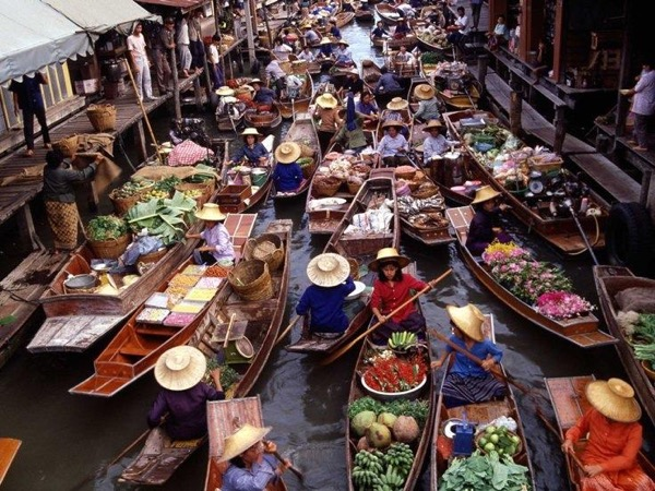 Railway Market and Damnoen Saduak Floating Market