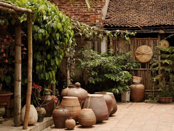 Duong Lam Ancient Village Day Trip From Hanoi