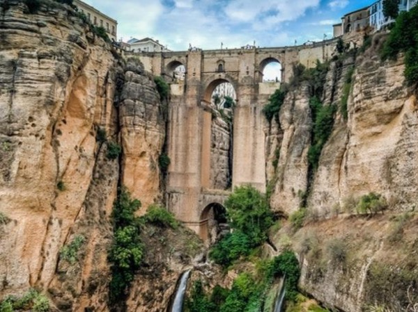Day trip to Ronda from Seville with optional white villages tours