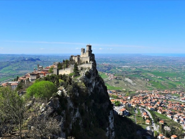 San Marino Shore Excursion, transfer by private car and driver included