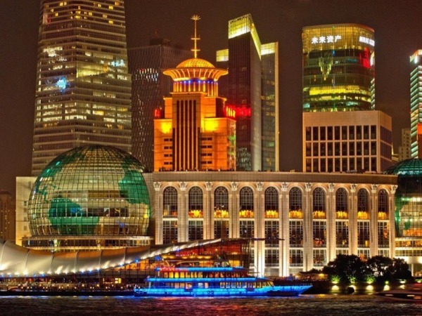 Private Shanghai Classical Night Tour with River Cruise with private vehicle