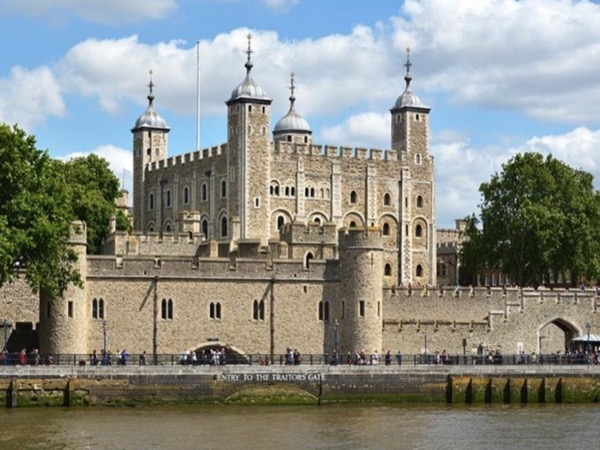 The Tower of London and major London sites