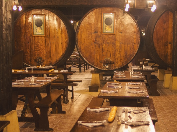 Txakoli Wine & Basque Cider - Gastronomical private tour (7 hours)