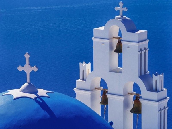 Santorini Must-see places for group of 12 people