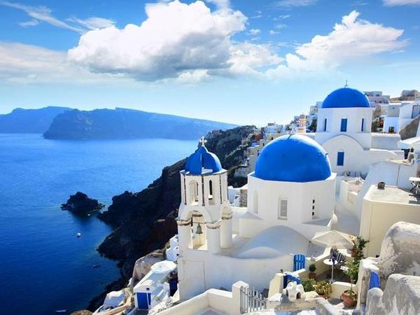 Highlights of Santorini at a glance