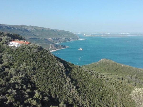 Arrábida Mountain with Wine and Ocean Tour!