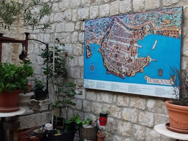 Old town Dubrovnik walking tour