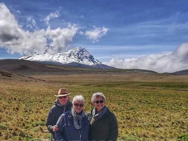 Private Avenue of the Volcanoes Tour From Quito