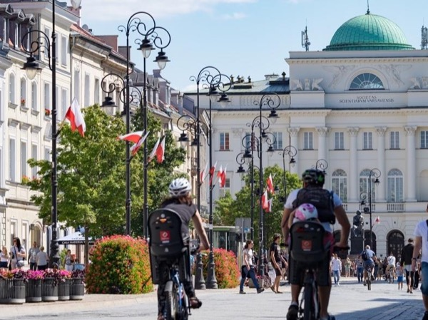 Warsaw Highlights Half Day Private Bike Tour