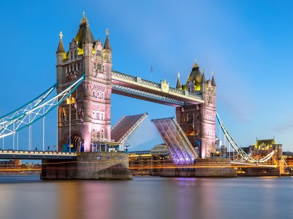 Private London Night Photography Tour - Tower Bridge Route