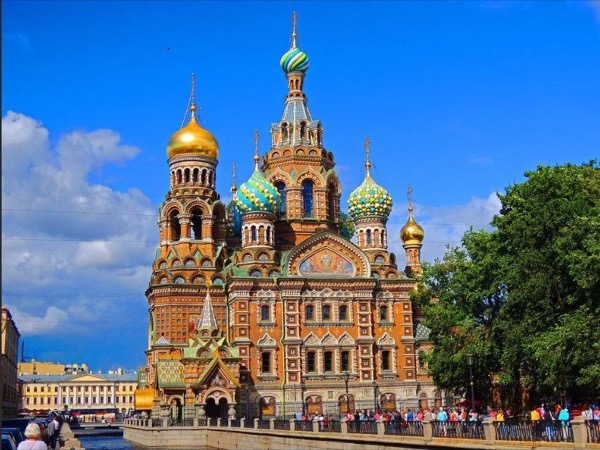 Top Sights of St Petersburg by Car