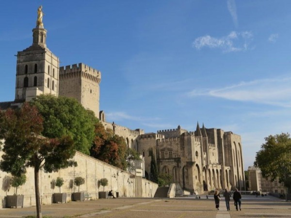 Avignon - the Papal City and entrance to Provence