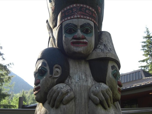 Kootéeyaa — Totem Poles of Downtown Ketchikan