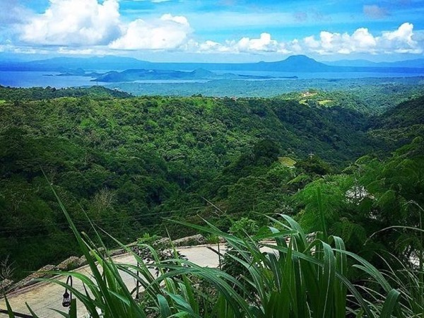 Tagaytay City Highlights Tour: 12 hours lay over roadtrip