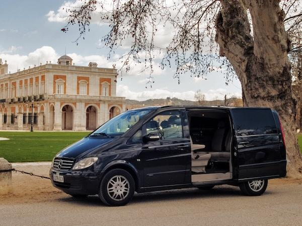 Panoramic tour of Madrid by private Luxury van with driver and local guide