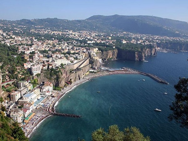 Shore excursion to Sorrento-Positano-Pompeii from 1 to 3 persons