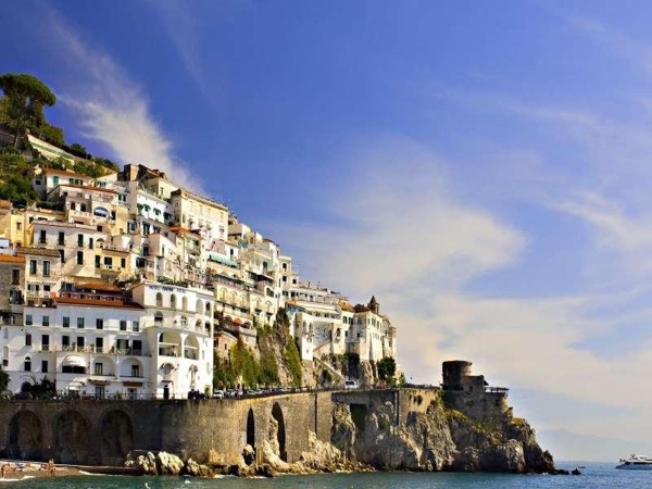 Shore excursion to Amalfi coast from 4 to 8 persons