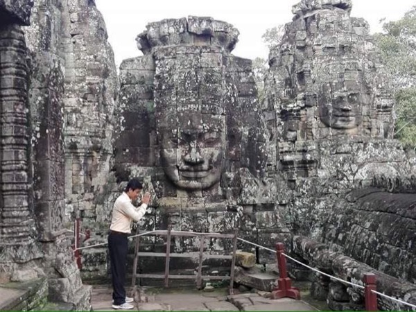 Two-Day Siem Reap Ancient Temples & Floating Village Private Tour
