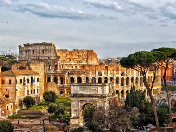 Must see Ancient Rome! - the birth-place of western society - Colosseum - Palatine hill - Roman Forum - Imperial Forums