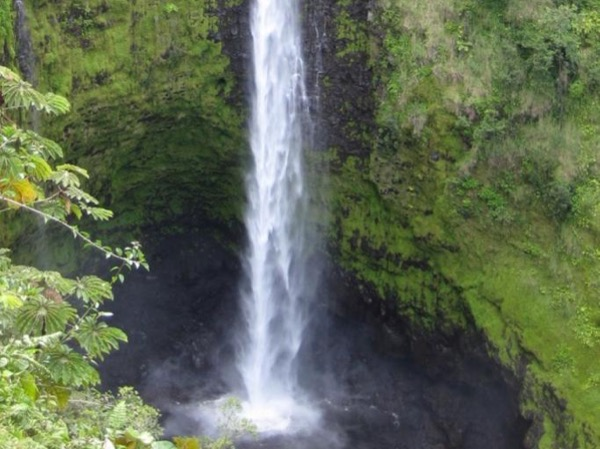 Waterfalls and Mauna Loa Past Flows, Black Sand Beach and more