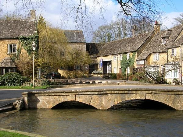 Cotswold Villages Full Day Tour