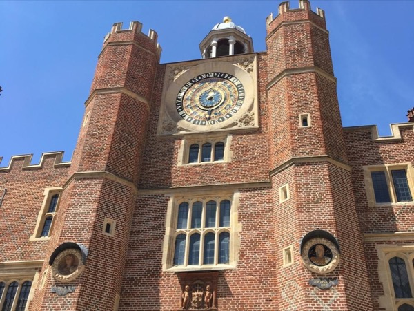 Royal London and Hampton Court Palace with Private Driver Guide
