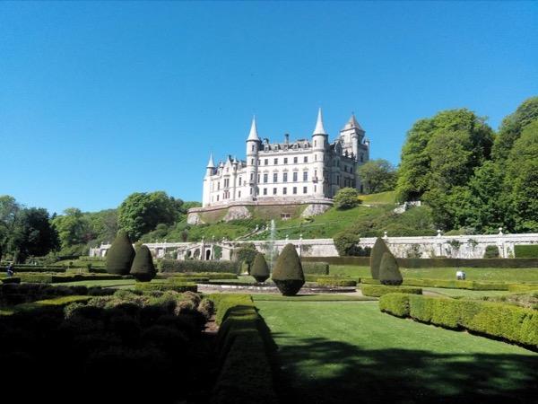 Dunrobin Castle, Dornoch, and Glenmorangie Distillery from Inverness & Invergordon