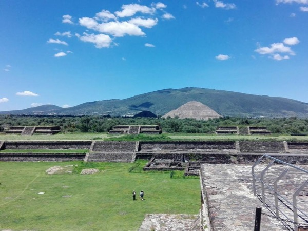 Teotihuacan Layover Private Tour