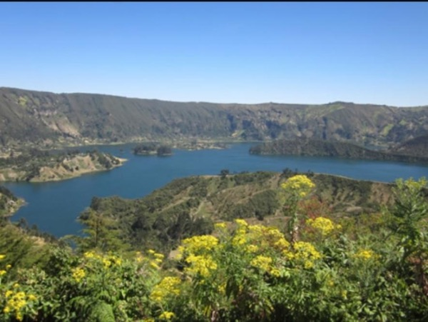 Day trip to Wenchi Crater Lake