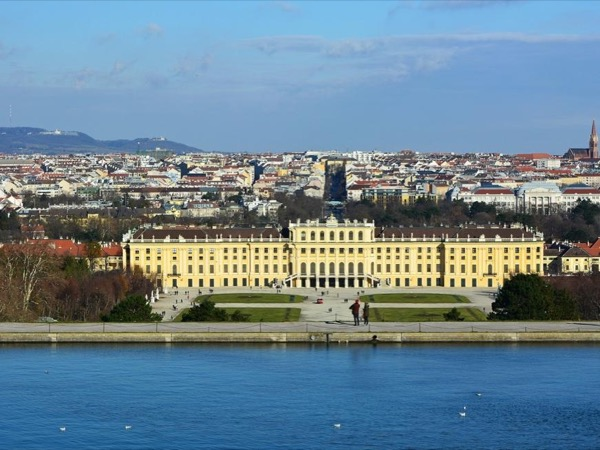 Full Day Vienna Tour with Schoenbrunn Palace Visit