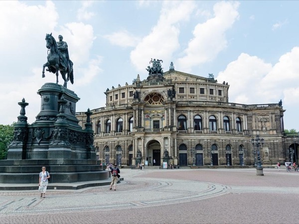 Dresden Full Day Private Tour from Prague