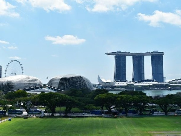 4hr Food & Public Transport City Tour Singapore