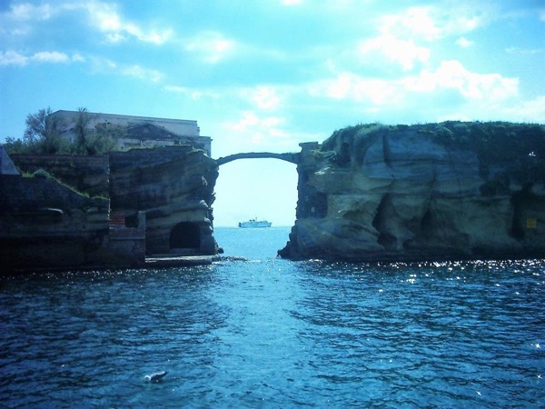 Kayaking and Snorkelling in the Neapolitan Gulf
