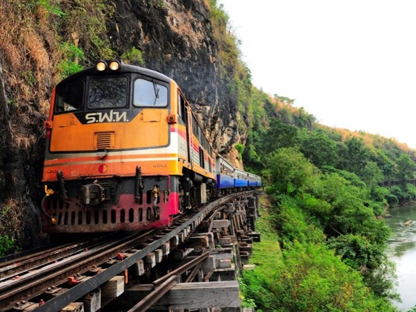 Discover Historical Death Railway or Burma Railway Tour in Kanchanaburi province