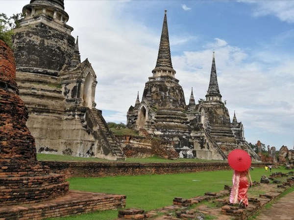 Ayutthaya Day Tour to Historical Temples and Boat Ride