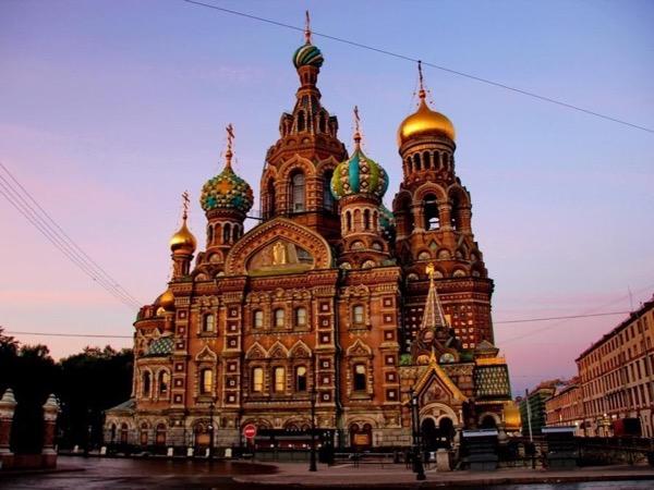 The Grand Tour of Saint-Petersburg