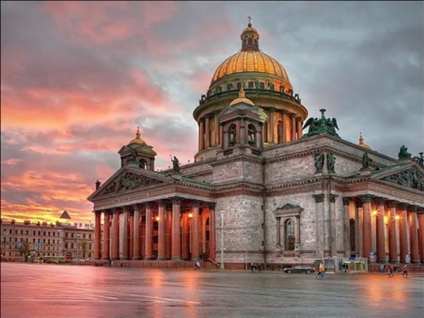 Your very flexible tour of Saint-Petersburg