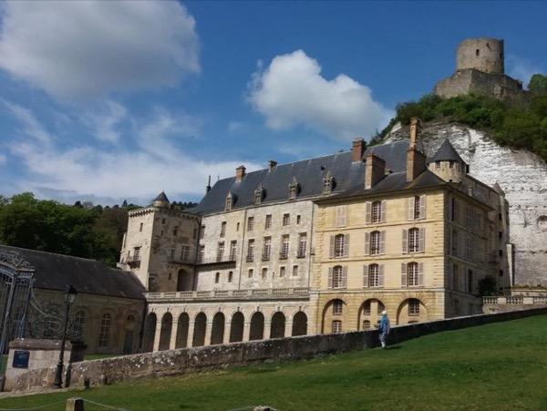 Chateau la Roche-Guyon and Jean Monet's Garden escape