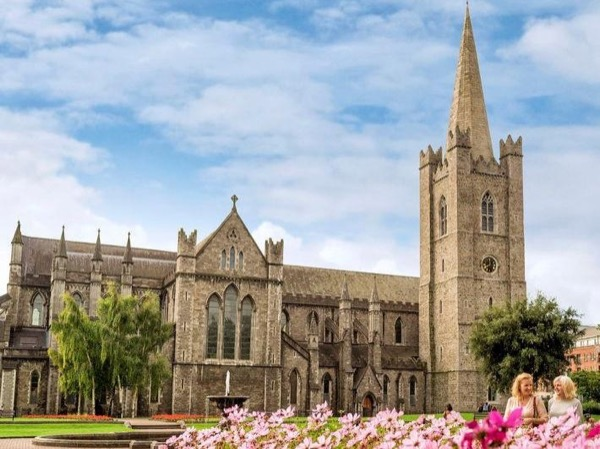 Classic Sightseeing Dublin, History and Landmarks